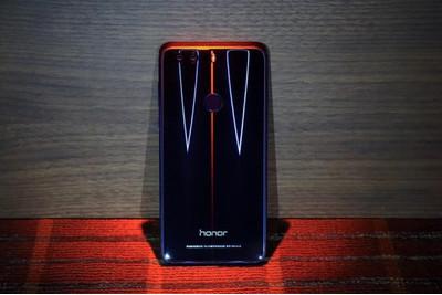 Huawei Honor 8 не получит Android 8, но будет обладать возможностями EMUI 8.0