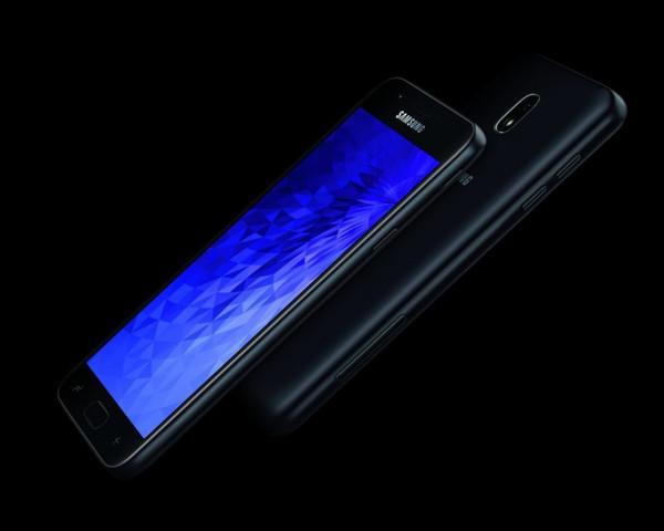 Состоялся официальный анонс смартфонов Galaxy J3 и Galaxy J7 (2018)