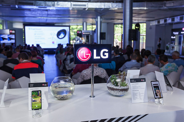 LG представила новинки 2018 года