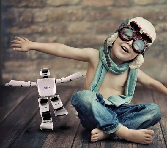 Новинки Leju Robotics - игрушка, друг и учитель в одном устройстве