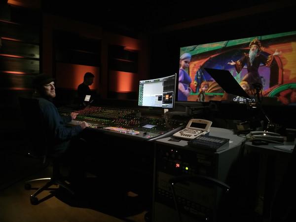 LG Украина и FILMua запустили проект LookIn2Art