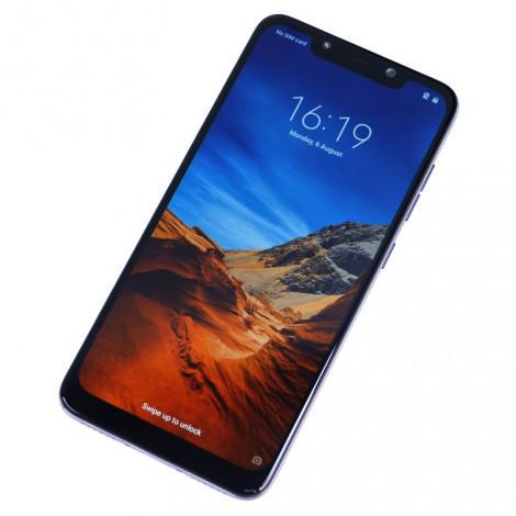 Не представленный смартфон Xiaomi Pocophone F1 начинает появляться в продаже