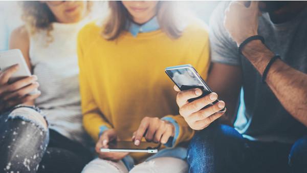 Как выбрать смартфон для подростка: советы и рекомендации