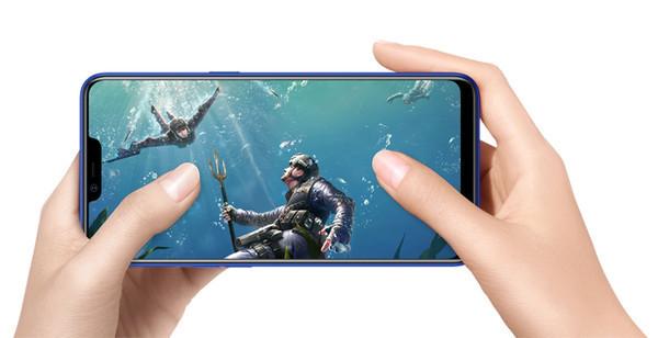 Официально представлен смартфон OPPO AX5 с тремя камерами