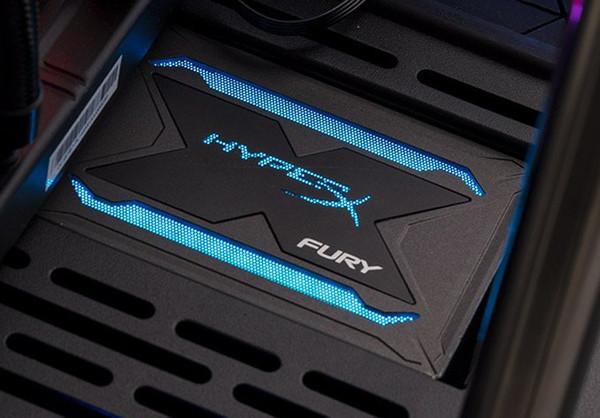 Kingston анонсировала новые SSD с подсветкой - HyperX Fury RGB SSD