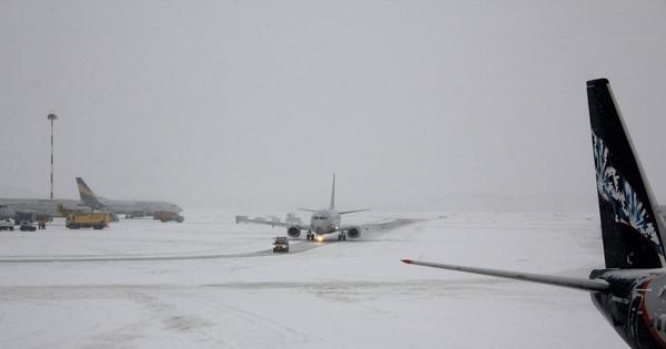 В США отменено более 1200 рейсов
