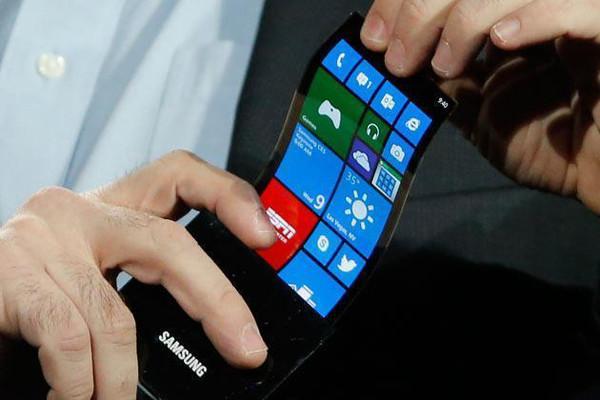 Новые подробности о гибком смартфоне Samsung –