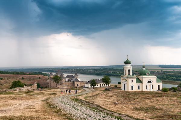 Vodafone запустил 4G в Хотине и Вашковцах