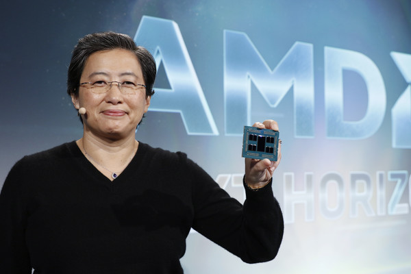 AMD представляет первые в мире 7нм GPU для ЦОД