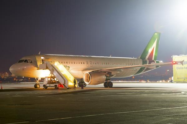 Alitalia - самая пунктуальная авиакомпания мира в феврале 2019