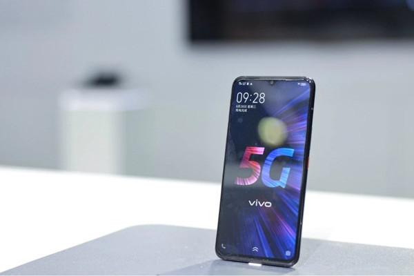 Подробности о мощном смартфоне Vivo iQOO 5G