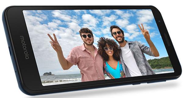 Состоялся официальный анонс смартфона Moto E6