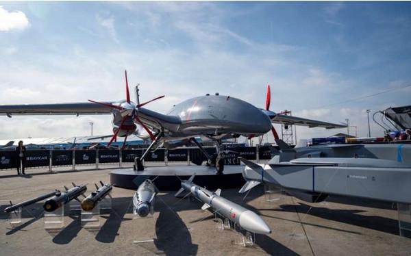 Украина продемонстрировала собственный беспилотный истребитель