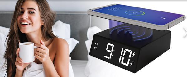 Новые часы от Ritmix с беспроводной зарядкой