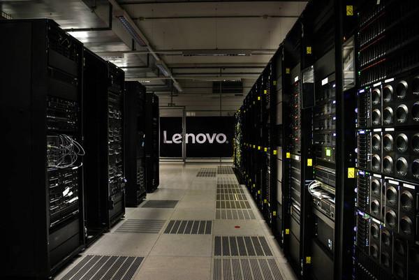 Серверы Lenovo ThinkSystem удерживают лидерство в отрасли по производительности