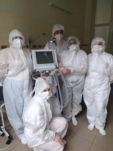 Аппараты искусственной вентиляции легких от Vodafone Украина доставлены