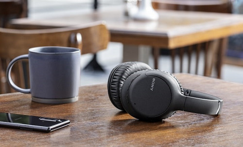 Беспроводные наушники Sony WH-CH710N с шумоподавлением - старт продаж