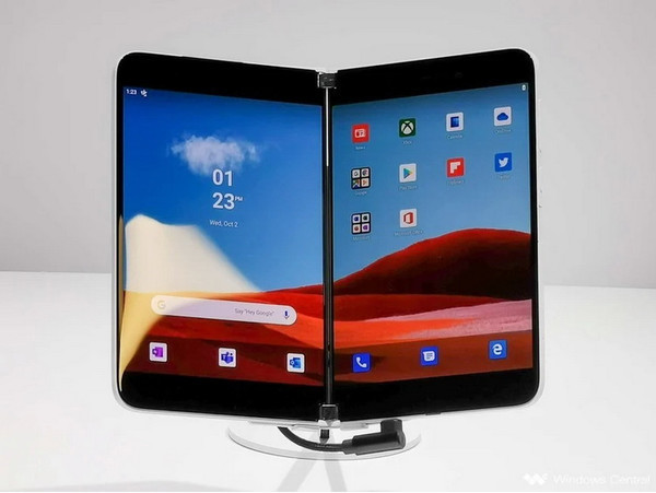 Cмартфон-книжка Microsoft Surface Duo будет представлен 24 августа