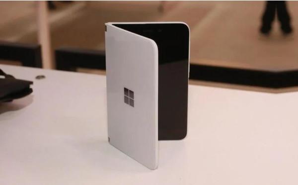 Microsoft Surface Duo сертифицирован FCC