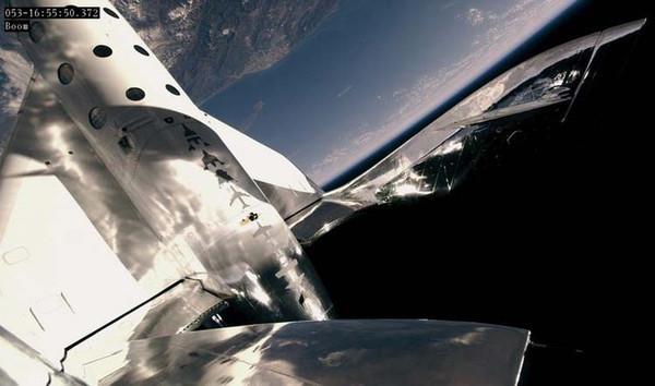 Virgin Galactic отложила первый космический круиз для туристов до 2021 года