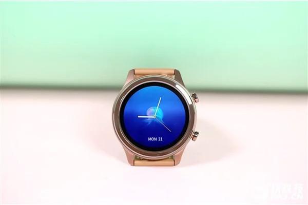 Продвинутые умные часы Vivo Watch предложат до 18 дней автономной работы