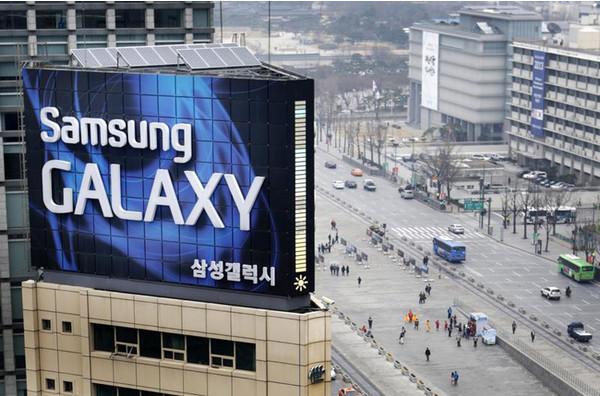 Смартфон нового семейства Samsung Galaxy F41 порадует любителей фото