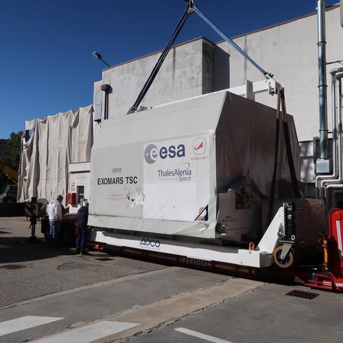 Аппарат миссии ExoMars-2022 отправился во Францию для проведения испытаний