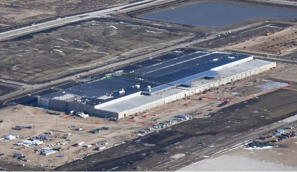 Foxconn по-прежнему планирует построить предприятие в США