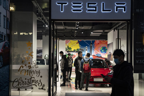 Tesla поспорит в суде с сайтом, который написал о низком качестве Model 3