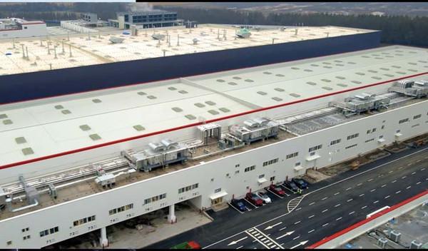 Tesla запустила производство Model Y на своей гигафабрике в Шанхае