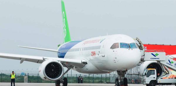 США вводят контроль экспорта авиакосмической продукции в Китай и Россию