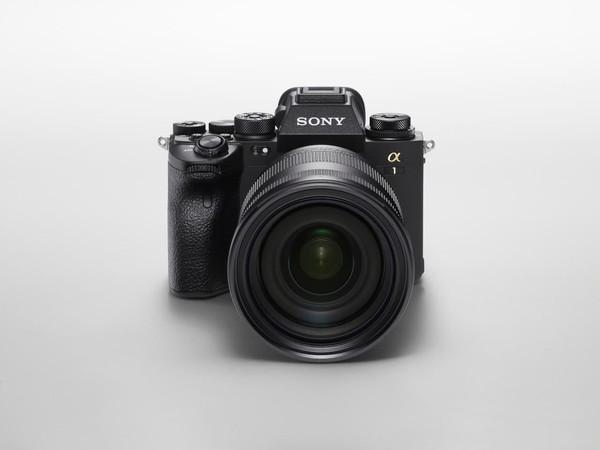 Камера Sony Alpha 1 для профессиональной съемки фото и видео