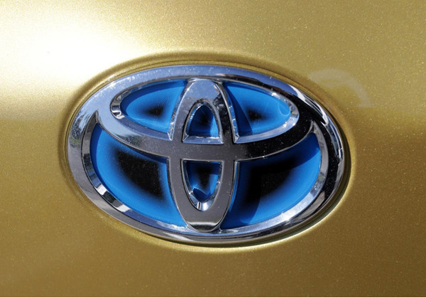 Aurora и Toyota вместе создадут автономный минивэн для использования в такси