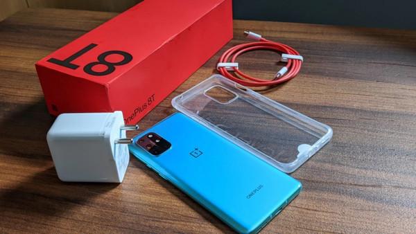 OnePlus стал единственным брендом смартфонов в США, продажи которого выросли