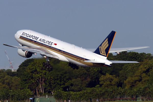 Мужчина заключен в тюрьму за угрозу взрыва авиалайнера Singapore Airlines