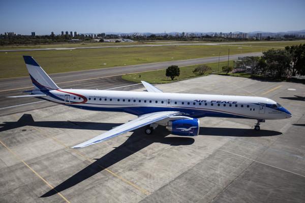 Первый самолет Air Peace E195-E2 получил новаторский салон бизнес-класса