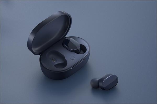 Xiaomi представила доступные беспроводные наушники Redmi AirDots 3