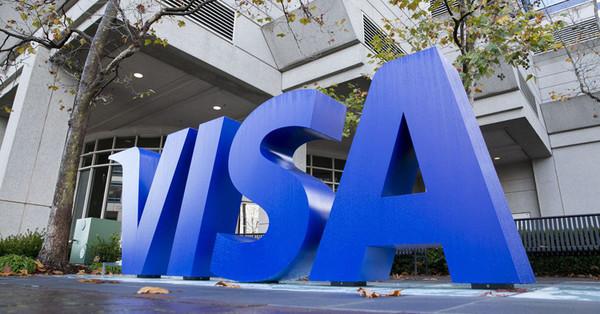 Visa начнёт работать с криптовалютами — расплатиться биткоинами можно будет