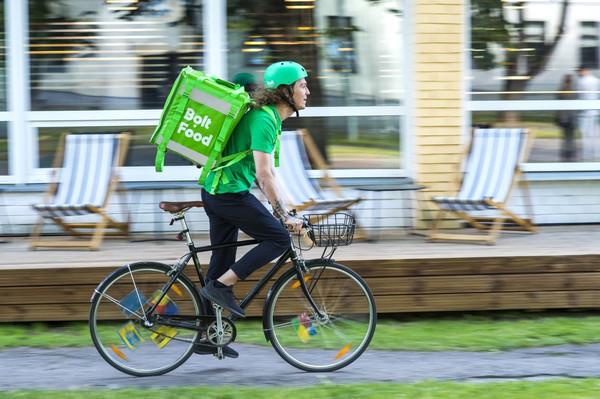 Сервис Bolt Food запускает услугу самовывоза заказов и расширяет зону доставки