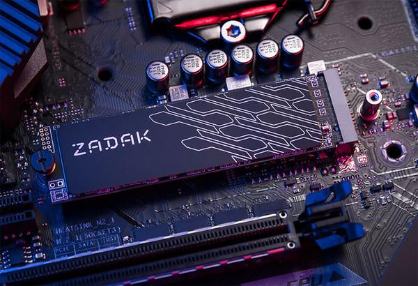 Твердотельные накопители ZADAK TWSG3 оснащены графеновым радиатором