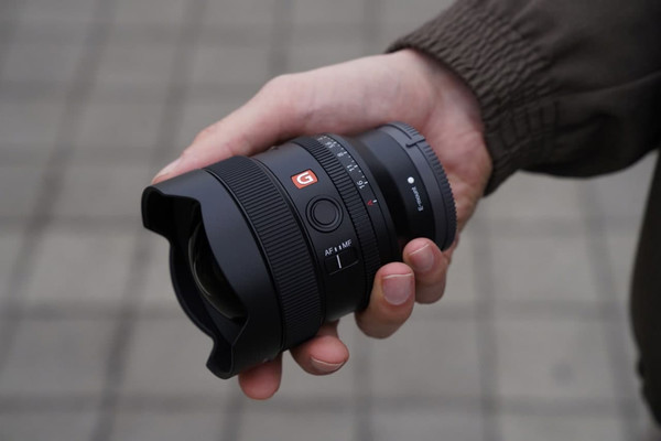 Sony FE 14 ММ F1.8 G Master - новый компактный широкоугольный объектив